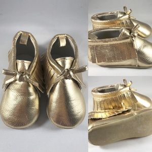 Old Navy baby girl gold moccasins